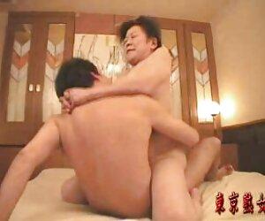 مادربزرگ ژاپنی از رابطه جنسی لذت می برند
