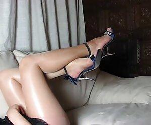 پاها و کفش پاشنه بلند و چکمه و بدن کامل