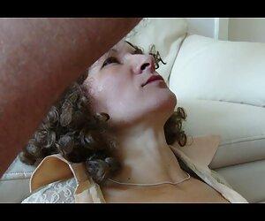 همسر گلو ، صورت را عمیق می گیرد