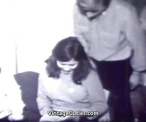 دختر جوان در سال 1960 با دو مرد نوسان می کند