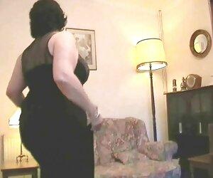 رقصیدن و استریپ کردن