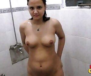 سونیا باهابی سکسی هندی سریع دوش می گیرد