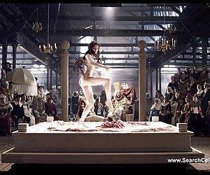 کیت موران Nude-Goltajius و شرکت Pelican