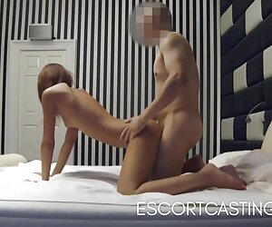 نوجوان لاغر در کمین مخفی در هتل اسکورت گرفت