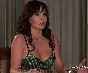 کلی مک کارتی در Busty Housewives 2012 در بورلی هیلز